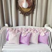 Am combinat mov si roz pal satinat si am obtinut un set de aparatoare special, cu design romb, dantela si fundite. E o bombonica, e minunat si cu siguranta il vom reproduce. 💜💜💜 #aparatoarepatut #aparatoaresbaby #aparatoarelaterale